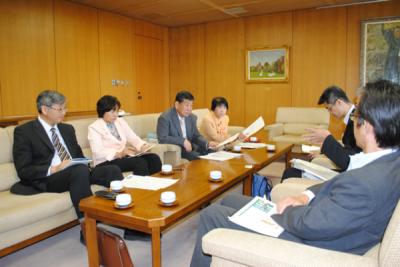 2014.5.22県教育委員会と懇談 山田2