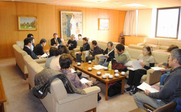 2019.12.23.生健会が県へ補聴器補助など要請 (8)